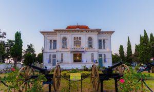 کاخ موزه نظامی انزلی AtaMedTour